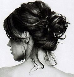 Easy hair-dos for short hair. Messy buns and beach waves are in this spring (2013). When are they not!