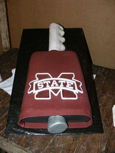 Mississippi State Cake. love it!