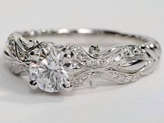 Engagement ring by Xennon
