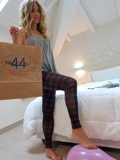 ViaCamogli44 …   Imperfecti Wellness, Pants, Beauty, Fashion, Trouser Pants, Moda, Fashion Styles, Women's Pants, Women Pants