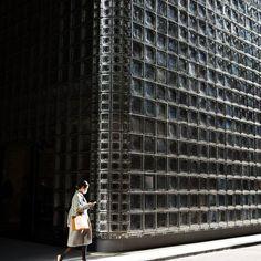 JAPAN-ECONOMY Cladding Design, Brick Cladding, Facade Design, House Design, Brick Architecture, Sustainable Architecture, Architecture Details, Interior Architecture, Renzo Piano
