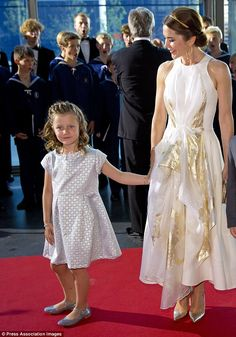 Princess Mary and daughter Princess Isabella in Copenhagen 2.06.14
