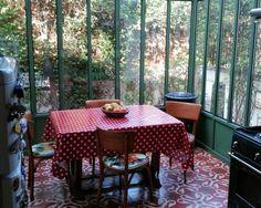 Veranda on pinterest cuisine verandas and transformers - Jardin d hiver veranda ...