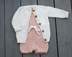 Spøt til Småtroll Romper, Diy And Crafts, Craft Projects, Photos, Instagram, Sweaters, Fashion, Overalls, Moda