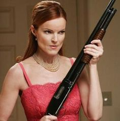 z- Marcia Cross (Bree Van de Kamp)- 'Desperate Housewives' (TV) Marcia Cross, Serie M6, Film Serie, Brian Austin Green, Desperate Housewives Bree, Andrea Bowen, Memes Do Facebook, Housewife Quotes, Bree Van De Kamp