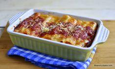 reteta cannelloni cu carne sos de rosii si sos alb la cuptor Bologna, Ricotta, Spaghetti, Pasta, Drinks, Ethnic Recipes, Kitchen, Vintage, Food