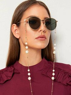 To find out about the Faux Pearl Decor Metal Glasses Chain at SHEIN, part of our latest Sunglasses ready to shop online today! Latest Sunglasses, Sunglasses Women, Spring Sunglasses, Sunglasses Accessories, Mirrored Sunglasses, Chic, Casual, Spring Break, Gold Style