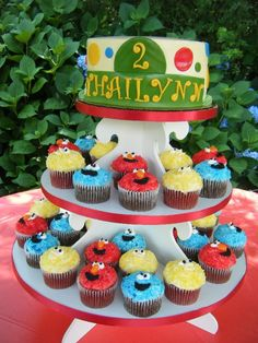 Thailynn's Sesame Street themed birthday cake and cupcakes!