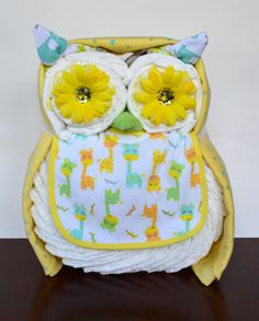 Boy Girl or Neutral Owl Diaper Cake Baby por PolkaDotsandZigZags