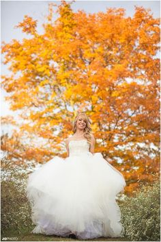 Fall bridal pictures with leaves - click to view more! wedding photographer, Tennessee photographer, Knoxville, bridal portrait, bride
