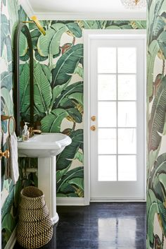 Nature bathroom wallpaper9