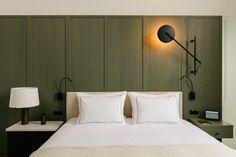 AN Interior favorite Vincent Van Duysen converts an Antwerp convent into a boutique hotel - AN Interior Stand Alone Bathtubs, Vincent Van Duysen, Wabi Sabi, Design Hotel, Lobby Design, Modern Bedroom, Modern Hotel Room, A Boutique, Master Suite