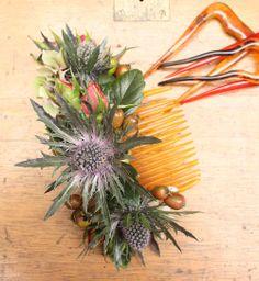 Thistles & rosebud antique comb.