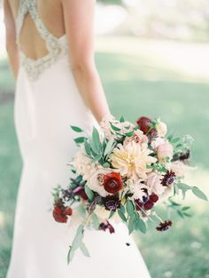 red burgundy yellow bridal bouquet | Photography: Ashley Crawford