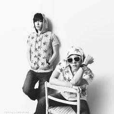 G-Dragon and TOP ♡ #BIGBANG #GDTOP #GTOP Vip Bigbang, Daesung, Cute Korean, Korean Men, Rapper, Top Choi Seung Hyun, G Dragon Top, Gd And Top, Into The Fire