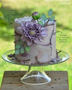 Check out this gorgeous Marble Dahlia Cake by @chefmitchiesmunchies ! You can learn how to make it in this month's issue more #Regram via @sugarworksco