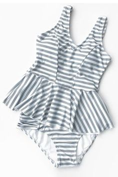 Cupshe Beach Center Stripe Bikini Set