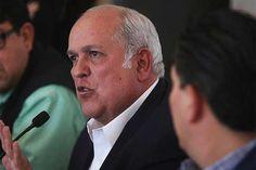 m.e-consulta.com   El mal negocio de ser ex gobernador de Colima   Periódico Digital de Noticias de Puebla   México 2015