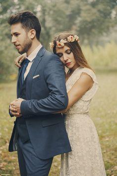 Shooting inspiración de boda bohemia y bucólia en el bosque entre niebla. Cumbres Borrascosas