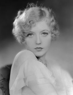 adore this finger wave bob on Marion Davies from the 1920s