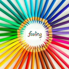 Los colores reflejan cada uno de nuestro valores: felicidad, entusiasmo, positivismo, motivación y solidaridad.  Comparte nuestra ilusión, comparte este post.  Els colors reflecteixen cadascun dels nostres valors: felicitat, entusiasme, positivisme, motivació i solidaritat.  Comparteix la nostra il · lusió, comparteix aquest post.