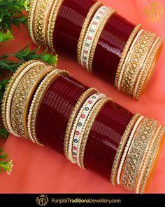 Fulfill a Wedding Tradition with Estate Bridal Jewelry Bridal Bangles, Wedding Jewelry, Wedding Chura, Wedding Vows, Punjabi Traditional Jewellery, Bridal Chuda, Pakistani Wedding Outfits, Thread Bangles, Bangle Set