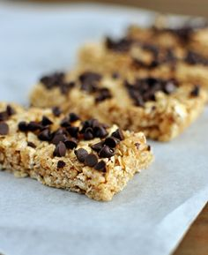 No-Bake Chewy Granola Bars (try using oil instead of butter for healthier version) : Mel's Kitchen Cafe