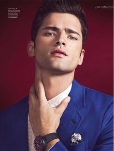 Absolutely Flawless–Photographed by Renie Saliba for the January 2013 cover story of August Man Malaysia, model Sean O'Pry sports with an impeccable ease… Sean O'pry, Beautiful Men Faces, Beautiful Boys, Gorgeous Men, Poses For Men, Male Poses, Face Men, Male Face, Handsome Anime Guys