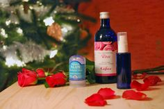 Ce soir nous vous dévoilons notre recette pour réaliser vous même un déodorant naturel à la pierre d'alun et à l'eau de rose, simple et terriblement efficace ! Lancez vous
