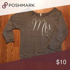 Shirt Custom Made by Me! Mrs Shirt, Fashion Tips, Fashion Design, Fashion Trends, Custom Shirts, Custom Made, Long Sleeve Tees, Sweatshirts, Sweaters