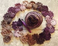 funkycrochet: Queen Anne's Lace scarf.  Links to pattern and video