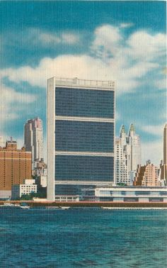 Long Isand New York~United Nations Building~1940s Vintage Linen Postcard
