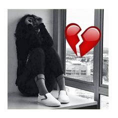 Discover how to Respark The Romance in your life! Grab now The Black Book Romance! Heart Broken Photography, Sad Girl Photography, Emotional Photography, Tumblr Photography, Sad Alone, Alone Girl, Jess Conte, Cute Emoji Wallpaper, Sad Wallpaper