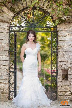 Diana, One Shoulder Wedding Dress, Wedding Dresses, Fashion, Bride Dresses, Moda, Bridal Gowns, Fashion Styles