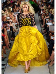 Love the bottom of this dress!  Oscar de la Renta 2012