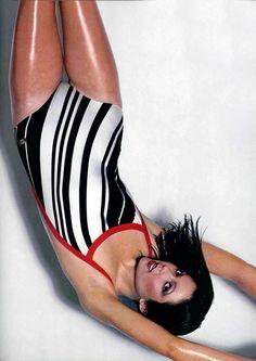 Yves Saint Laurent Maillot de bain L'officiel magazine 1979