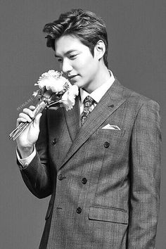 Lee Min Ho for TNGT Fall/Winter 2015.