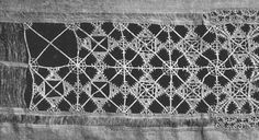 Italian Needlework: Different Styles of Reticello - Part One. This unfinished 16th century piece of Reticello shows the various stages of its working: