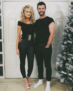 From iconic on-screen duos to funny puns, these couples costume ideas will make you and your boo the talk of any Halloween party. Couple Costume Ideas, Couples Halloween Outfits, Cool Couple Halloween Costumes, Spirit Halloween Costumes, Cute Couples Costumes, Duo Costumes, Grease Costumes, Funny Couple Halloween Costumes, Funny Couples