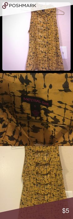 Beautiful top Yello & black blouse with cute semi open back size small in perfect condition Material Girl Tops Blouses