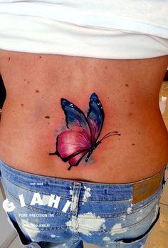 Pretty tattoo by Andrzej Niuniek.