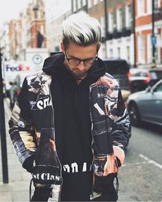 Follow  @4hisdailystyle for men's outfit & lifestyle inspo ✔. Like us on Facebook.com/4hishair . Hairstyle by @marcusbutler. #4hairpleasure