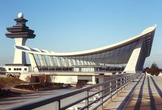 Dulles International Airport by Eero Saarinen // I knew I loved that airport!