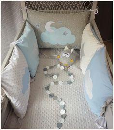 tour de lit bébé carré blanc Tour de lit bébé carré étoile nuage vert d'eau blanc et gris  tour de lit bébé carré blanc