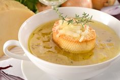 A variation on the thin soup, Turkey Chowder adds cream and flour to thicken the broth. Attempt your favorite vegetables and season with salt and pepper. French Onion Soup Recipe Slow Cooker, Onion Soup Recipes, Crockpot Recipes, Cooking Recipes, Large Slow Cooker, Crock Pot Slow Cooker, Grass Fed Butter, Soup And Sandwich, Pasta