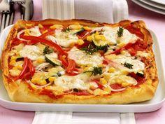 Super Pizza-Blitz Rezept für Hungrige: Schnelle Pizza mit Gemüse | http://eatsmarter.de/rezepte/schnelle-pizza-mit-gemuese