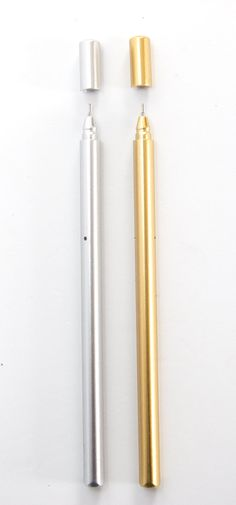 Write in style with these gold and silver metallic fine-point (.5mm) ballpoint pens with black ink. The pen is an ergonomic triangle shape and soft plastic for hours of comfort.