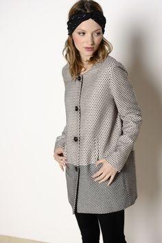 veste Koala noir 48,4% acrylique 23,4% polyester 19,4 % coton -