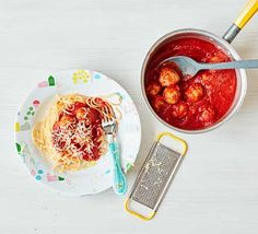 Toddler recipe: Try these toddler-friendly meatballs with tasty tomato sauce for your little one. Batch-cook and freeze them for easy, healthy dinners when you're busy Bbc Good Food Recipes, Baby Food Recipes, Cooking Recipes, Cooking Videos, Recipes Dinner, Toddler Meals, Kids Meals, Toddler Food, Toddler Recipes