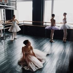 byXenie Zasetskaya - i bleed just to drown you Ballet Art, Ballet Dancers, Ballerinas, Dance It Out, Just Dance, Dance Photos, Dance Pictures, Dance Dreams, Pinterest Instagram